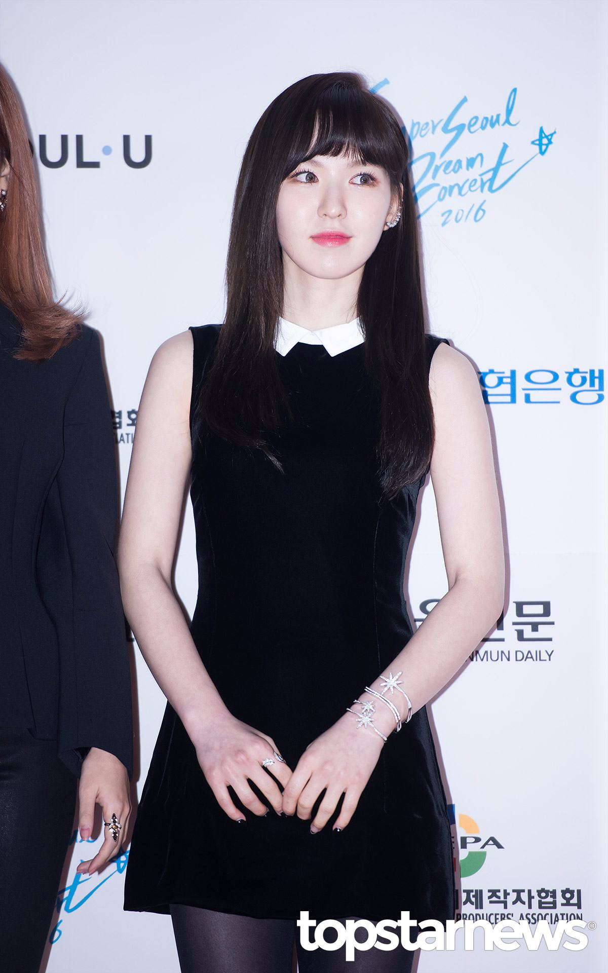 這位成員就是Red Velvet中「萬能的腦性女 」Wendy……