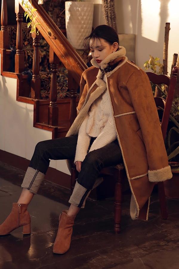 摩登少女也是舉雙手讚成哦..冬季不能只要溫暖,而忽視時尚。