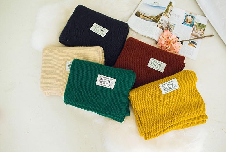 zhizunbao旗艦店 加厚針織披肩圍巾,約台幣175元。冬天就是要有一條大大的披肩圍巾呀~而且顏色都很美!