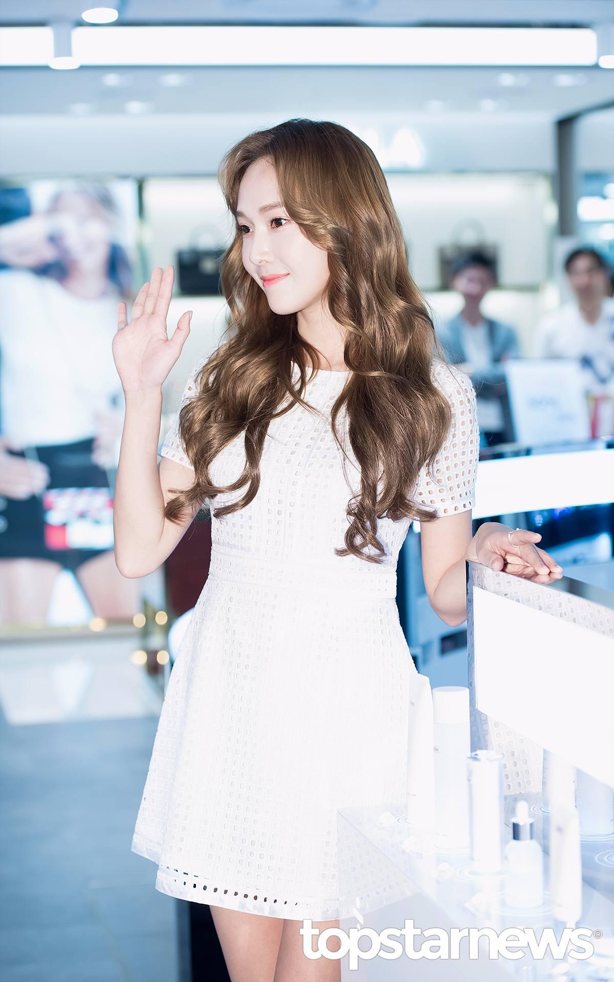 7位 Jessica 關注:24.3萬