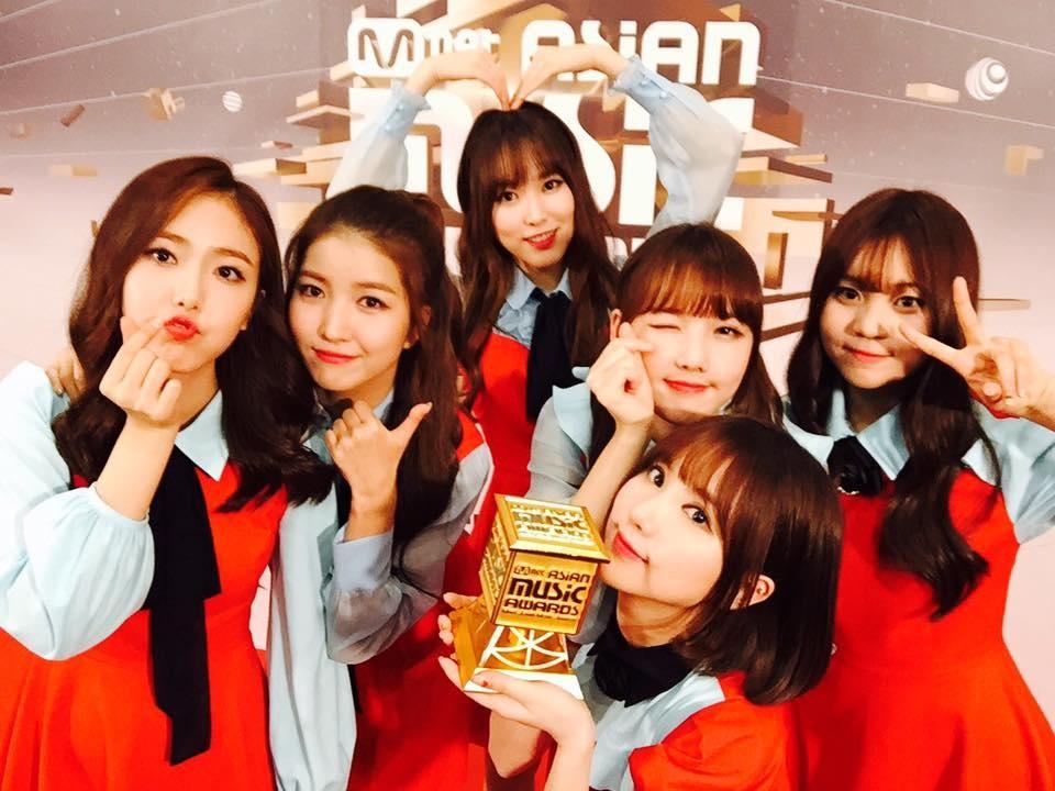 列入排行的有這幾團 GFRIEND MAMAMOO Red Velvet TWICE IOI          BLACK PINK