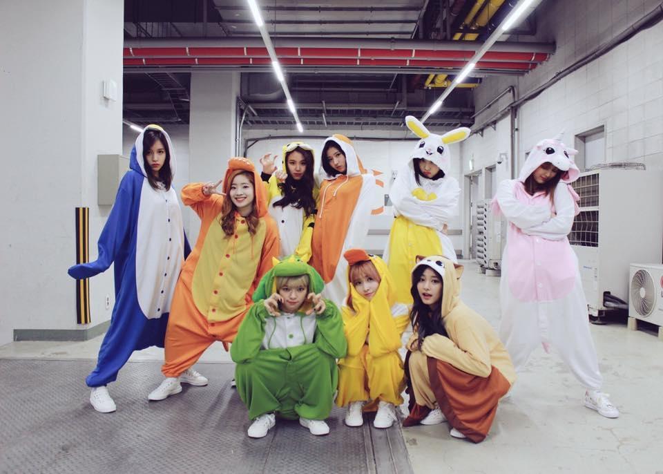 YouTube 訂閱人數 GFRIEND 29萬 MAMAMOO 32萬 Red Velvet SM帳號 TWICE 42萬 IOI          18萬 BLACK PINK  171萬