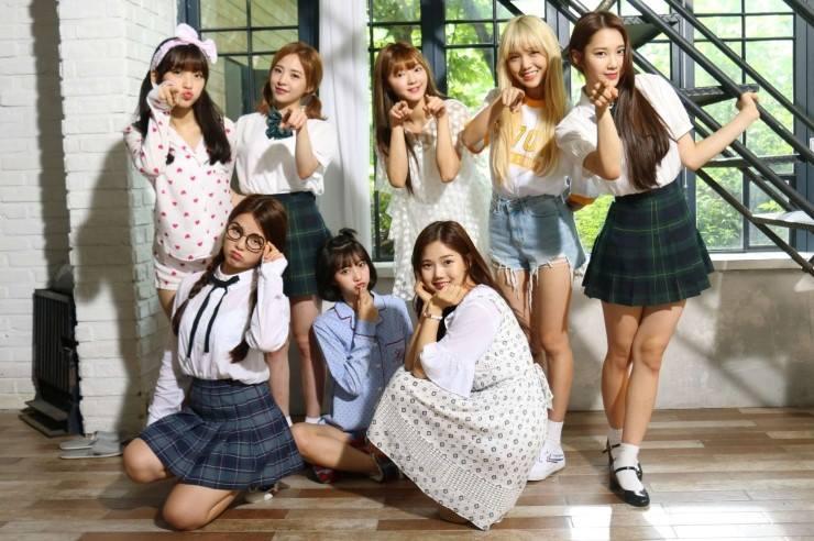 這次KBS歌謠大祭典露面時間最短的團體室她們! 清新女團OH MY GIRL表演加上訪問時間只有短短3分多鐘ㅠㅠ