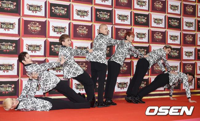 今年更是呈現一個孔雀開屏的樣子 到底BTOB都在休息室想些什麼啦XDDD 2016.12.29 KBS歌謠大慶典