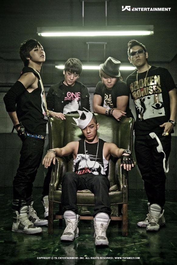 ✽21歲(2008年) 第3張迷你專輯《Stand Up》、第二張正規專輯《Remember》 代表歌曲:一天一天、紅霞(붉은노을)