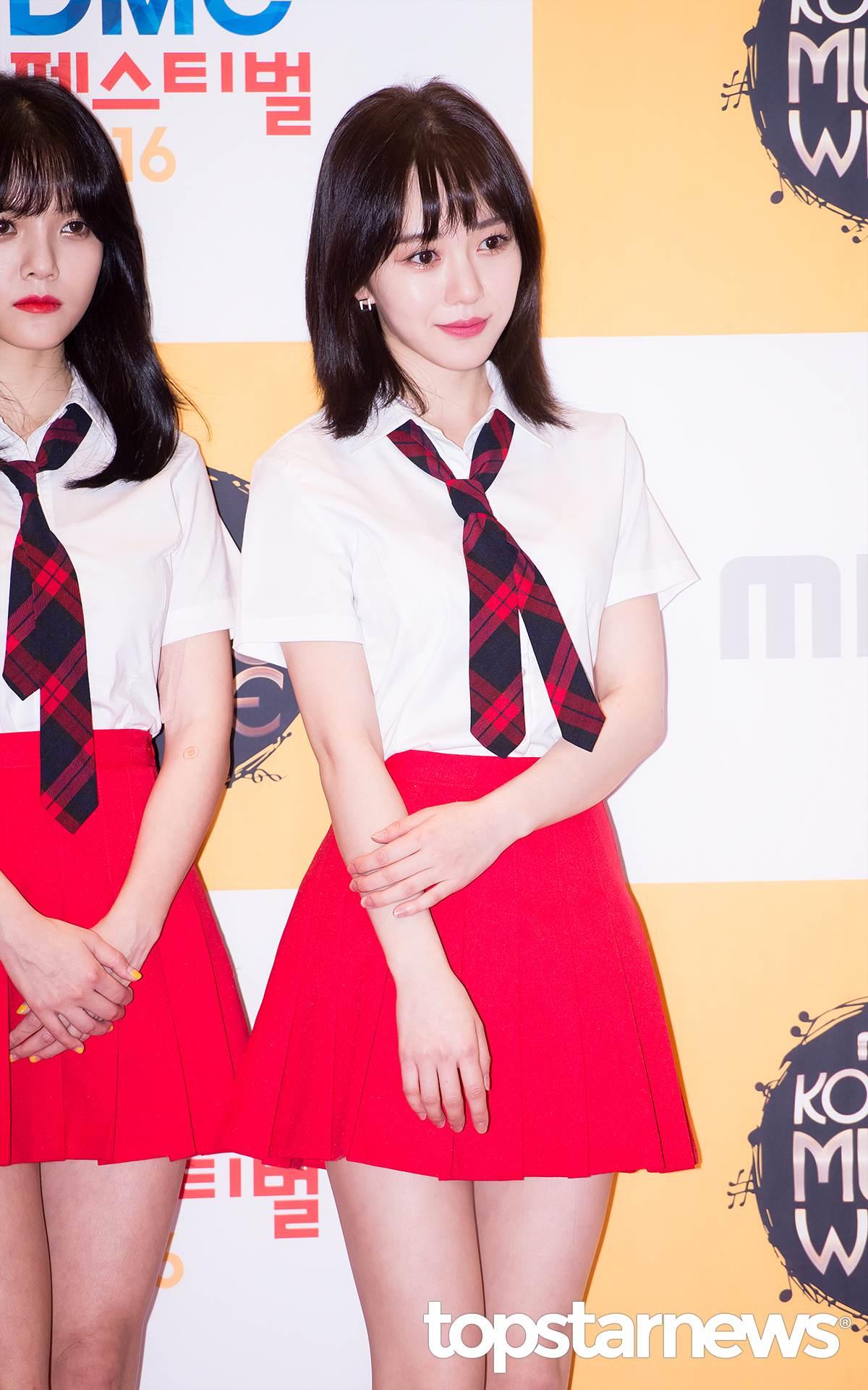 ◆微層次短髮-珉娥 雖然一樣是及肩短髮,但是珉娥的短髮造型卻有點不同喔!在髮尾的部分作一點點層次的設計,讓人覺得沒那麼厚重,適合小隻女孩呢!