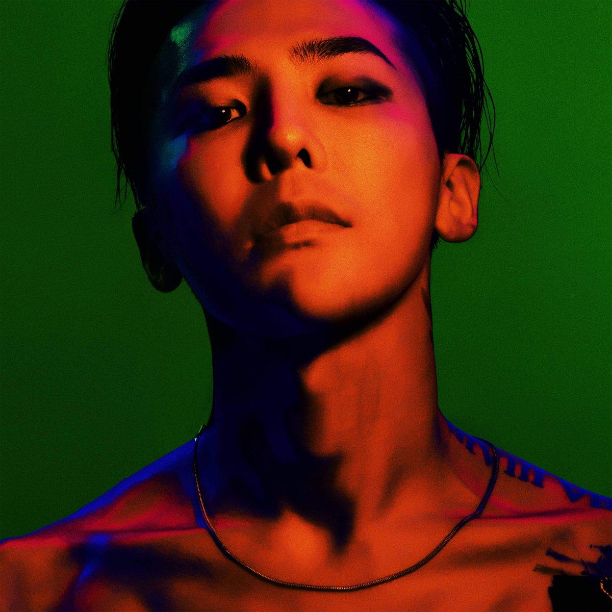 最近發行正規四輯《權志龍》的G-Dragon,成績真的相當驚人啊! 5首歌曲全空降各大音源榜前5名,再次讓人見識到G-Dragon的影響力和人氣!