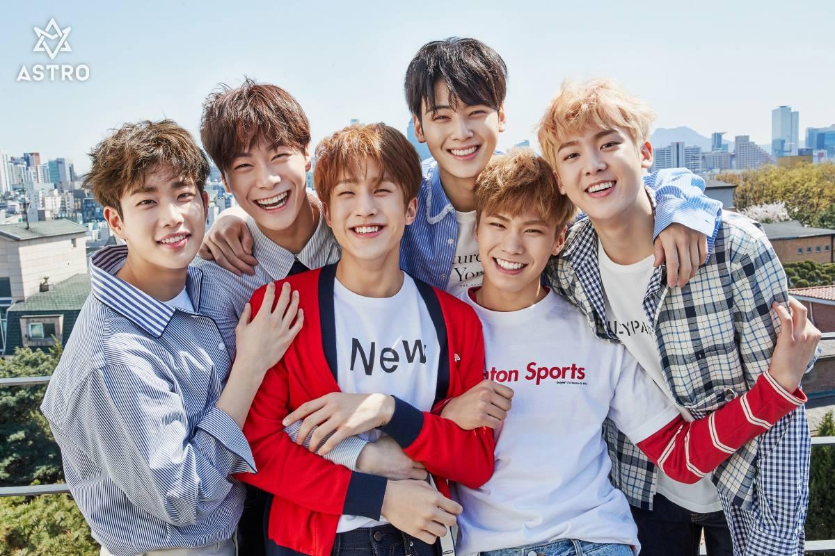 最近2年不僅新人女團如雨後春筍,競爭得超激烈,就連男團也在猛烈的競爭想要冒出頭。而男團 ASTRO 也可以說是近年小公司裡推出的男團裡較有名氣的代表。雖然ASTRO在海外還沒有穩固的粉絲群,不過在韓國國內形象清新的他們可是有不少死忠支持的粉絲群