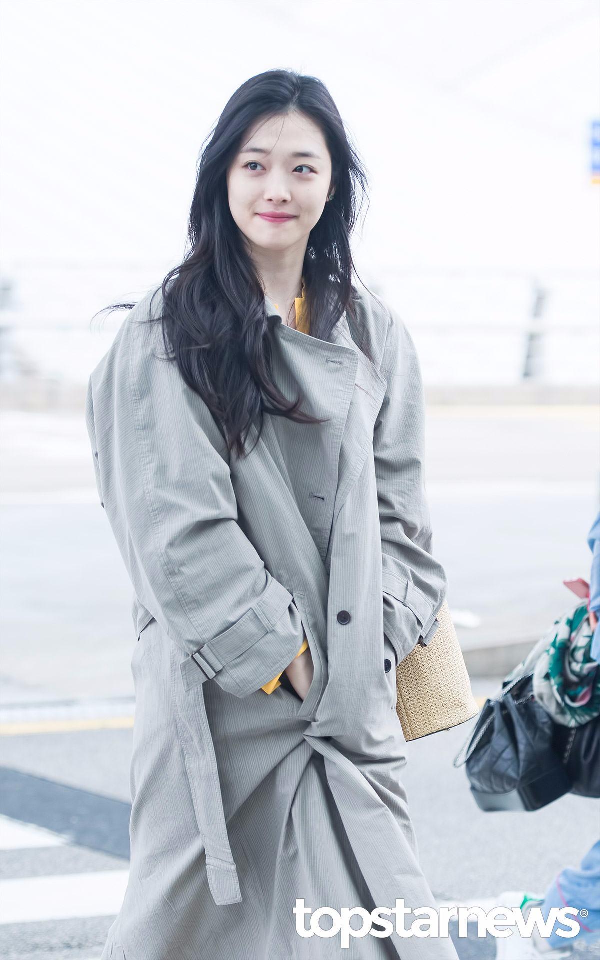雪莉最近可以說是多項爭議的女主角.. 使得小編在韓網新聞上常常可以看到看到她的身影啊ㅠㅠ 但最近比起好消息,還是稍微負面的新聞多了那麼一些...
