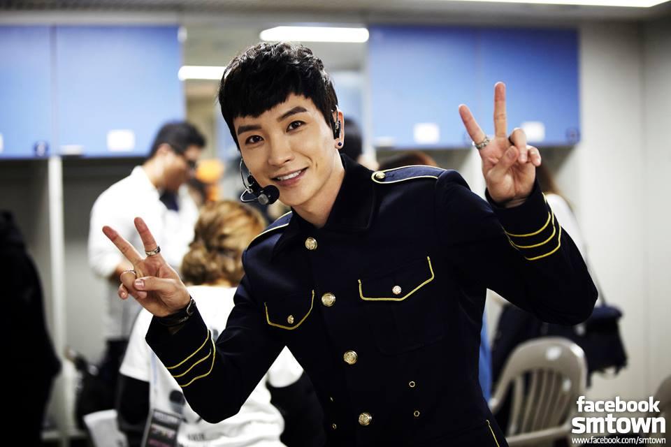 Super Junior隊長利特,近日在瑞士拍攝節目時,竟在25日遭遇搶劫,導致原本放置在車上的護照和手機等貴重物品,全部都被洗劫一空...