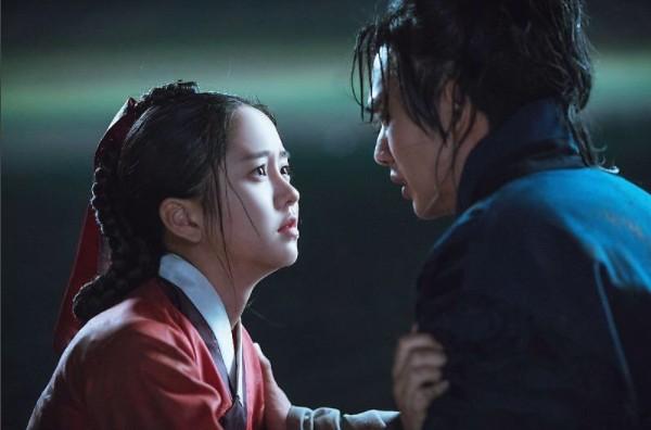 而現正熱映的《君主》也因為俞承豪和金所炫精湛的演技讓韓國收視率集集飆升,不少劇迷也都大讚「這對我可以」