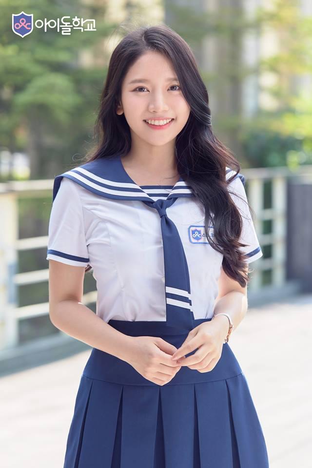 最讓台灣網友感到驚訝的是在《偶像學校》裡竟也有來自台灣的參賽者,應該許多台灣人都知道她吧,蔡瑞雪在網路上小有人氣,也曾因穿韓服的影片上過韓國新聞...