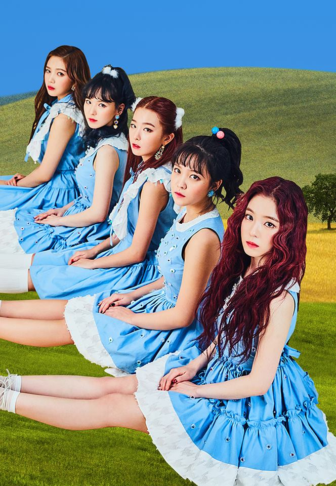 Red Velvet 成員普遍個子都相當嬌小的組合,但每位成員都有著非常出眾的美貌,總是展現著炫目的舞台,但是歌曲並不是第一次聽就會讓人喜愛的類型。 (貝貝的成員真的都相當嬌小呢!除了Joy以外ㅋㅋ不過貝貝的歌是越聽越中毒的)