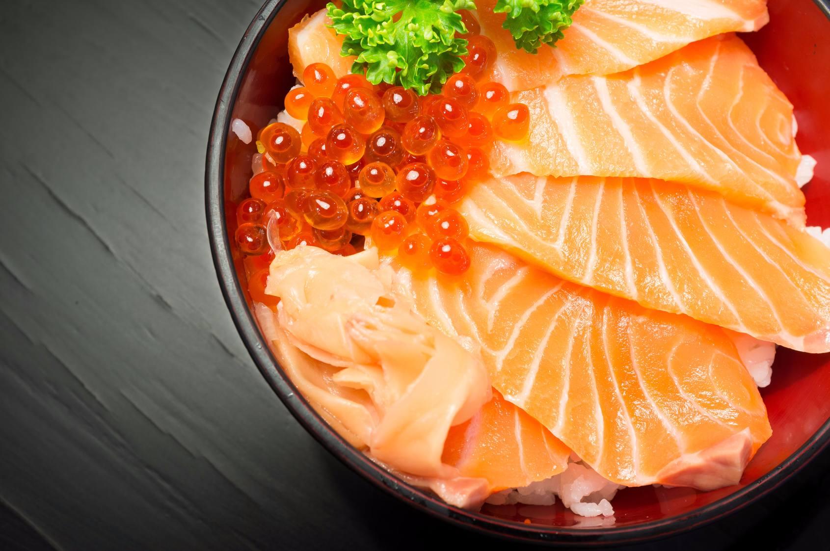 第三站:札嘎其市場 자갈치시장  以沿海城市聞名的釜山怎麼能不品嚐海鮮美食呢!?札嘎其市場為釜山著名的魚市場,若是想要品嚐最新鮮的海鮮料理,絕對不能錯過。
