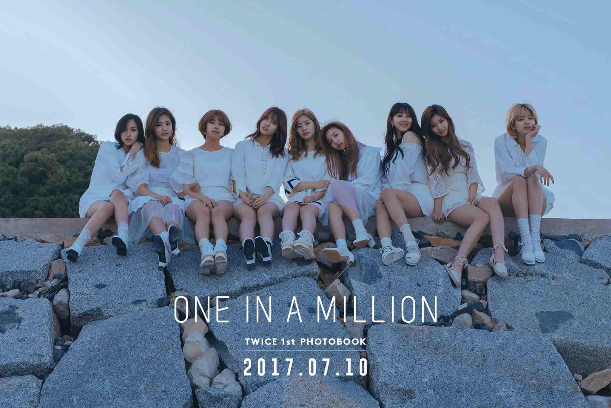 TOP4 TWICE 韓國的大勢女團TWICE最近正積極的展開日本出道及宣傳的活動,雖然短期沒有辦法常常看到TWICE出現在韓國的節目上,但相信她們很快就會再回歸啦~粉絲朋友在耐心等待一下下~