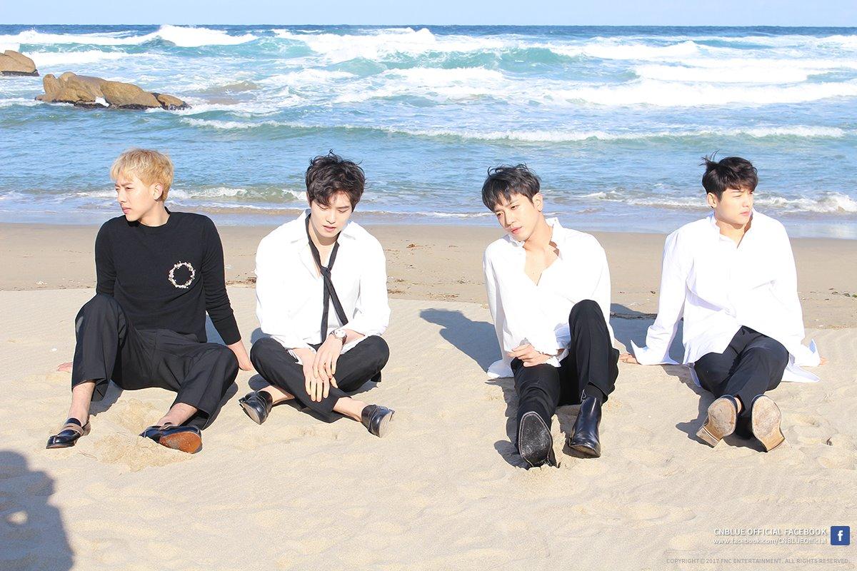 說到韓國樂團就不得不提CNBLUE啦~~四個大男生一字排開,光身高就超誘人的啊,而成員們不管是音樂、綜藝、演技,全方位都有涉略到,就連去日本開演唱會也是場場秒殺,可見四人魅力不同凡響