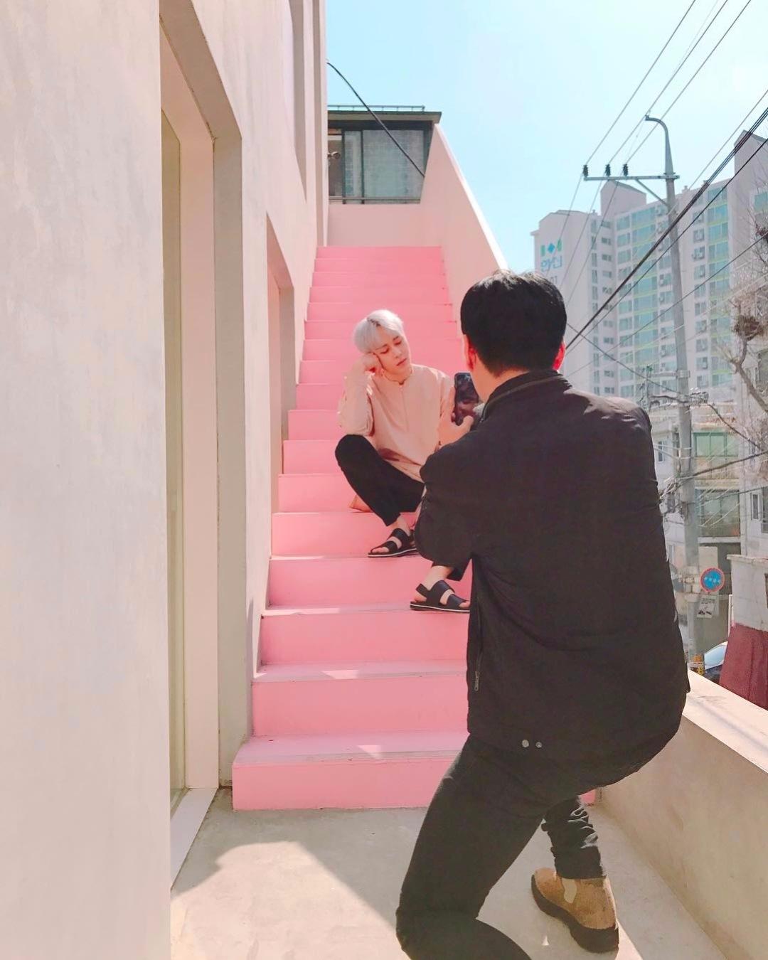 光是這個樓梯,就可以拍個十幾分鐘了吧
