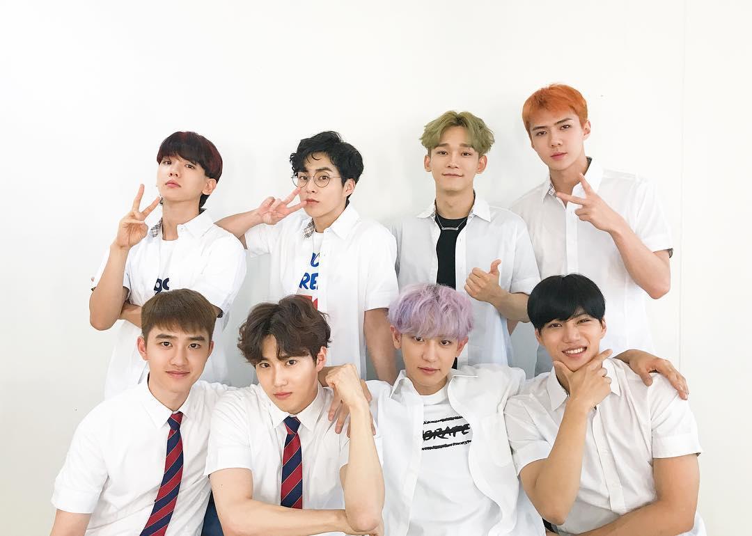 好久不見的EXO完全體,終於在前陣子發行第四張正規專輯《The War》!距離他們上一次團體活動已經超過一年了,在這期間他們則是忙於海外公演以及子團等個人活動!