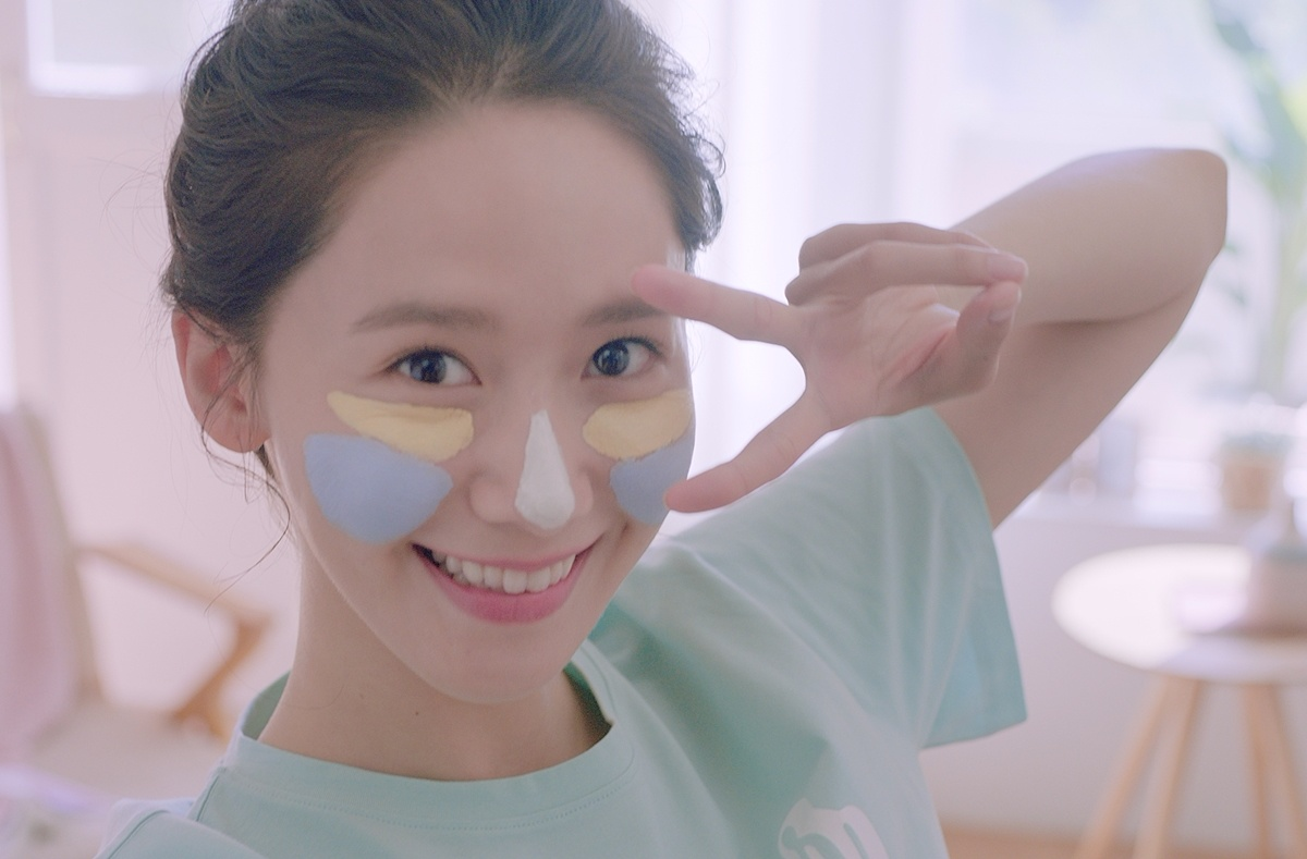 大家都知道這款最近innisfree超紅的火山泥調色面膜吧?偽少女之前也介紹過,不只在韓國一推出就賣超好,連許多明星也都有在使用!