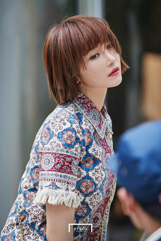 一直都是短髮的她,日前換了新髮型讓網友嚇下了大一跳(驚)!!!