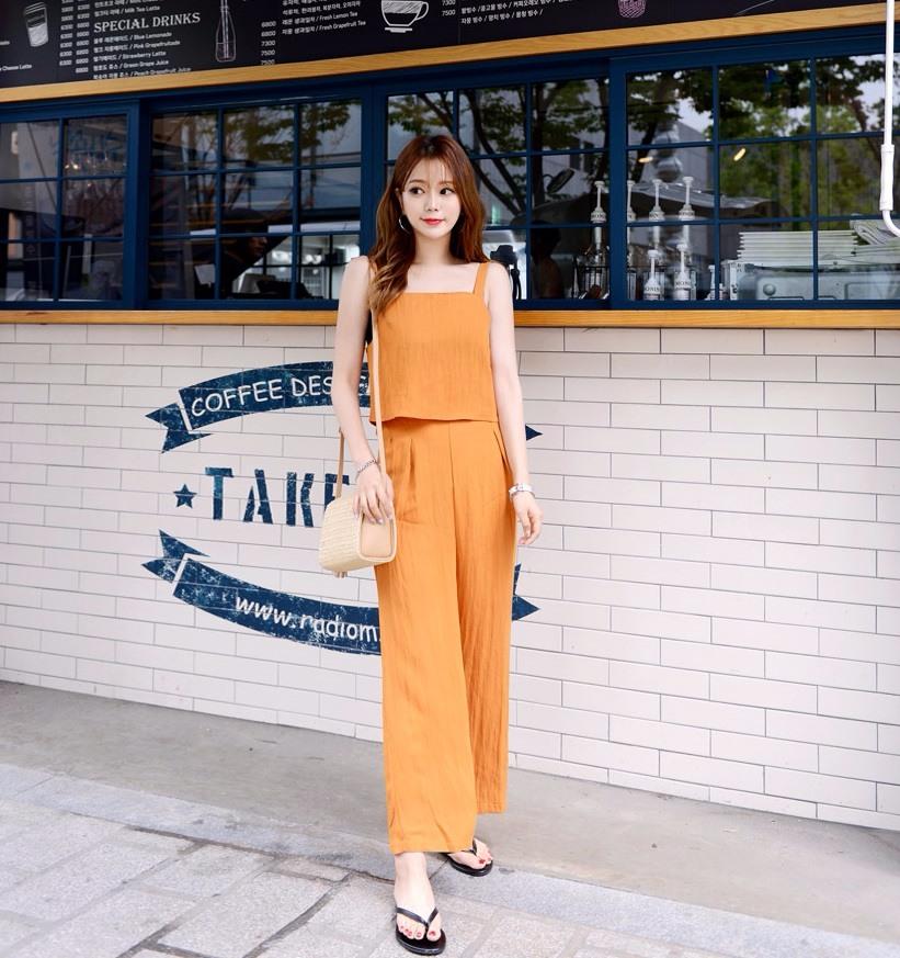 10.[D.PNY] 夏季新款~可愛連衣裙 如果不想要搭配,穿上連衣裙真的非常簡單又方便,重點是不失時尚感,你的衣櫃勢必是要有一件才行!