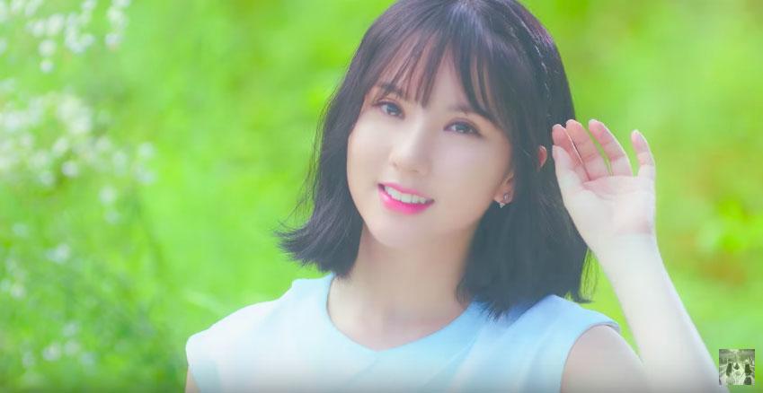 而Eunha自從剪短之後就被大讚「美出仙度」,果然比起長直髮,短髮比較有特色呢~~~