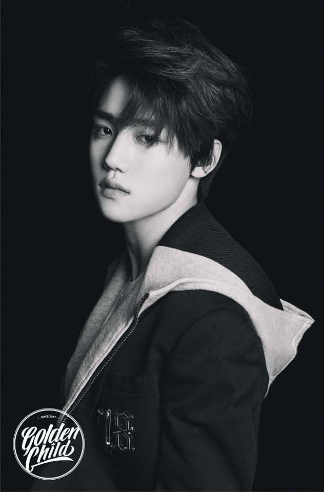 沒錯~就是Jang Jun啦~~當時預告照一出,很多都粉絲覺得他有KAI和世勳綜合體的貴族感呢,大家也有感受到嗎XD