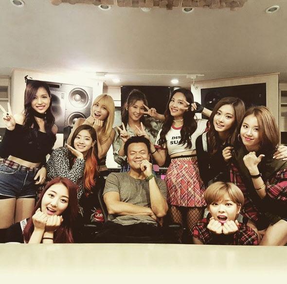 JYP家久違的選秀節目確實為JYP家「重返上下午班時期」,再創了2PM時期的營收高峰。不過雖然TWICE9人順利出道,但同時也意味著節目初參賽的7人被淘汰。近期也不斷傳出當時參賽的練習生不少都已經選擇離開公司