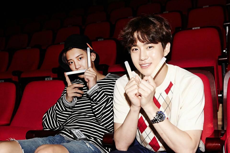 EXO回歸開始一連串馬不停蹄的宣傳活動,成員們也都陸續上了許多綜藝節目,在空檔時也會開直播和粉絲們互動~