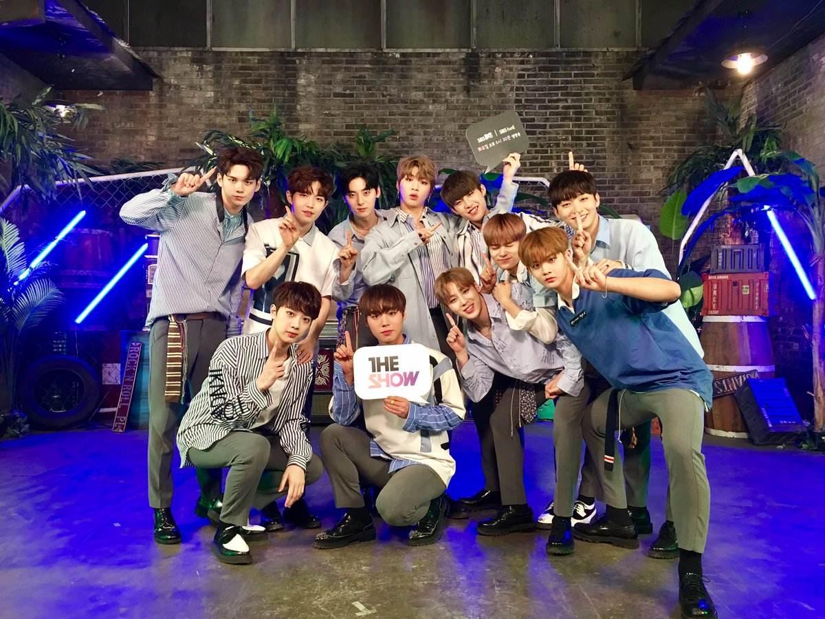 Wanna One正式出道後開始一連串馬不停蹄的宣傳活動,Wanna One的成員們更是韓國各大節目爭相邀請的對象,廣告代言一支又一支的接,也讓人見識到Wanna One在韓國的高人氣!