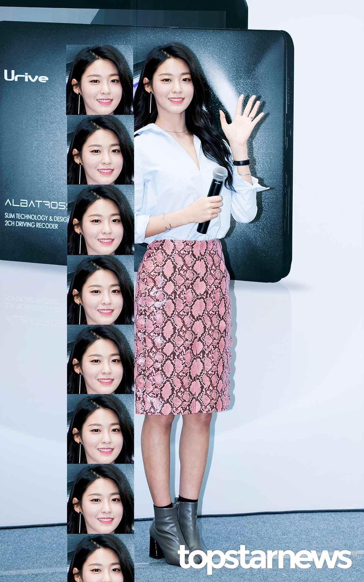 雪炫167公分的身材比例絕對可以說是重量級,不僅在韓國街道上隨處可見(?)雪炫的廣告,就連打開電視就好像打開雪炫王國,雪炫同時有清純和性感兩種魅力也是她近期值漸受到矚目雲因之一阿~~