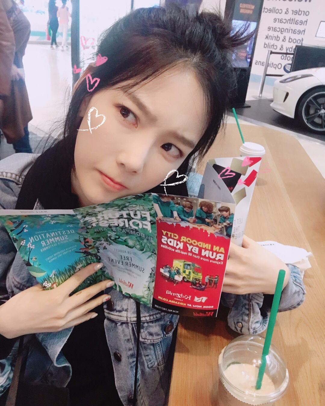 隊長太妍也用了閒暇空逾的時間到英國旅行,也PO了許多照片在 instagram和粉絲們分享...