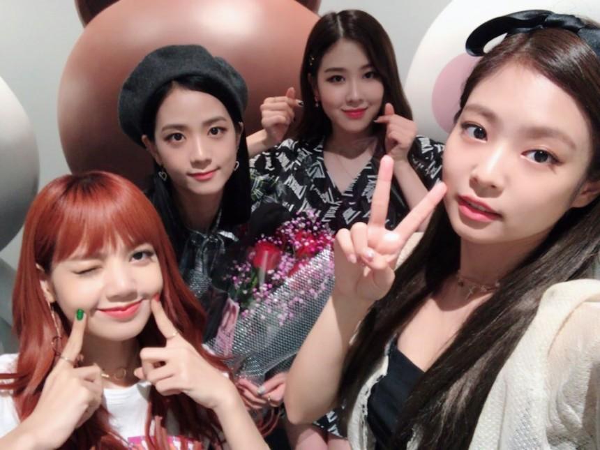 BLACKPINK最近努力日本宣傳,希望她們能趕快在韓國回歸阿!!讓我們一起集氣吧~~~