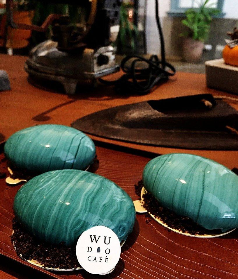 以上6家!!就是飽兒要來推薦給大家來自台灣各地的「絕美大理石紋蛋糕」!看完是不是跟飽兒一樣眼花撩亂啊!只能說甜點界真的沒有極限!!這些你都吃過了嗎?