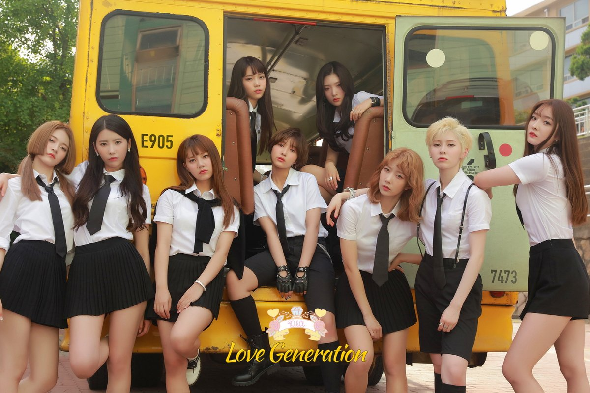 DIA 9名 DIA自2015年以7名成員出道,中間經歷了成員彩娟參加選秀節目以限定女團I.O.I出道,公司再2017年也宣布再加入2名新成員以9人的形式出發