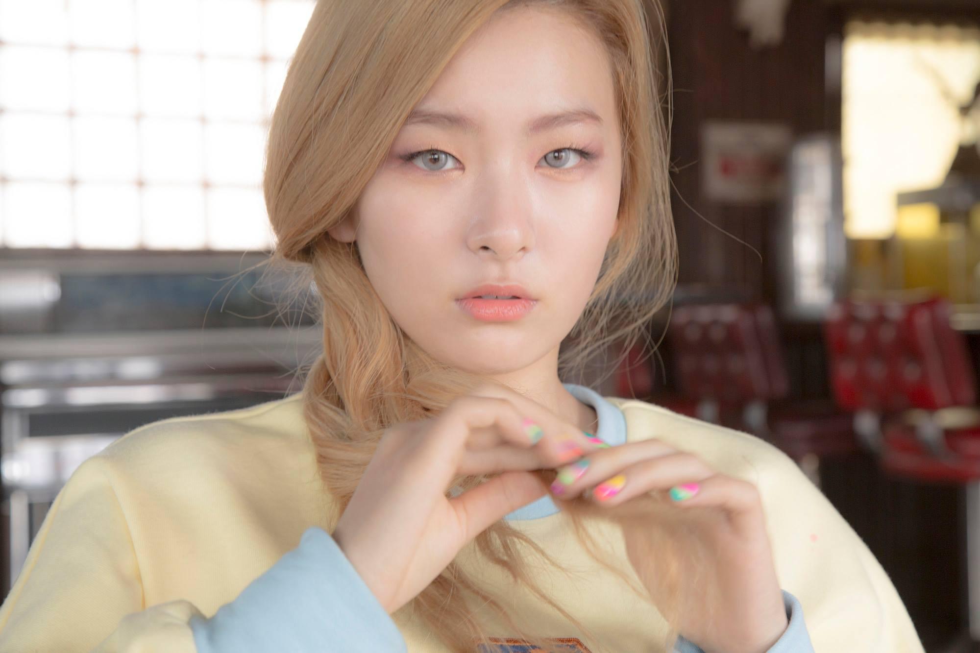 就連Red Velvet瑟琪的名字「Seul Gi」也曾被誤拼為「suelgi」…但偏偏那天還是在瑟琪的生日會上,也難怪消息傳出會被說「好尷尬」。