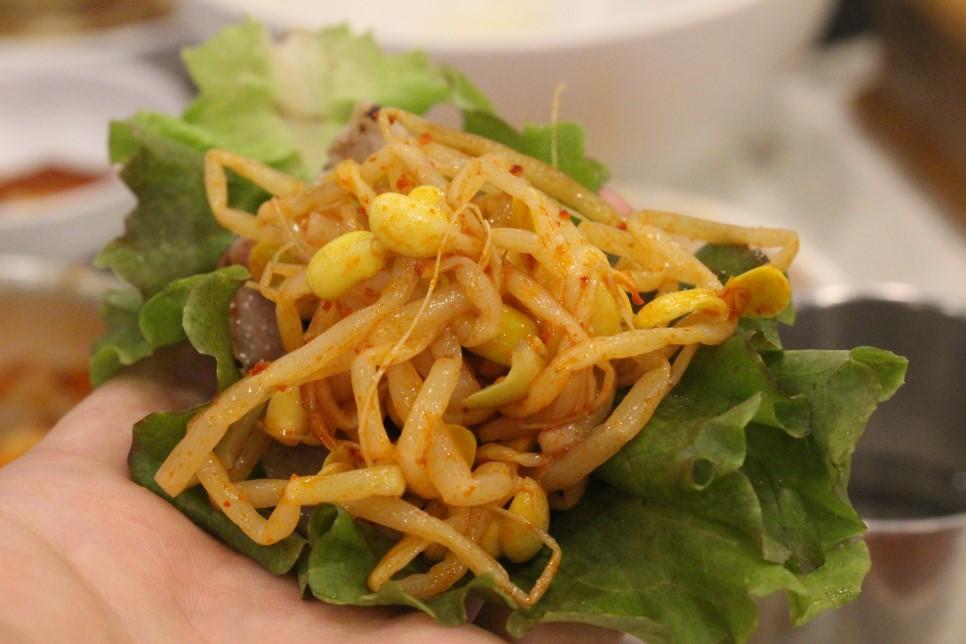 加上黃豆芽,爽口又可以說服自己雖然大魚大肉,還是很健康XDDDD