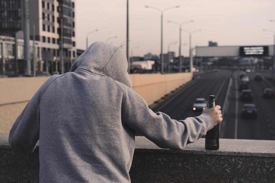 A小姐說'只是一起喝酒,訴說苦惱,主要是對戀愛厭倦的20代,30代男性比較多