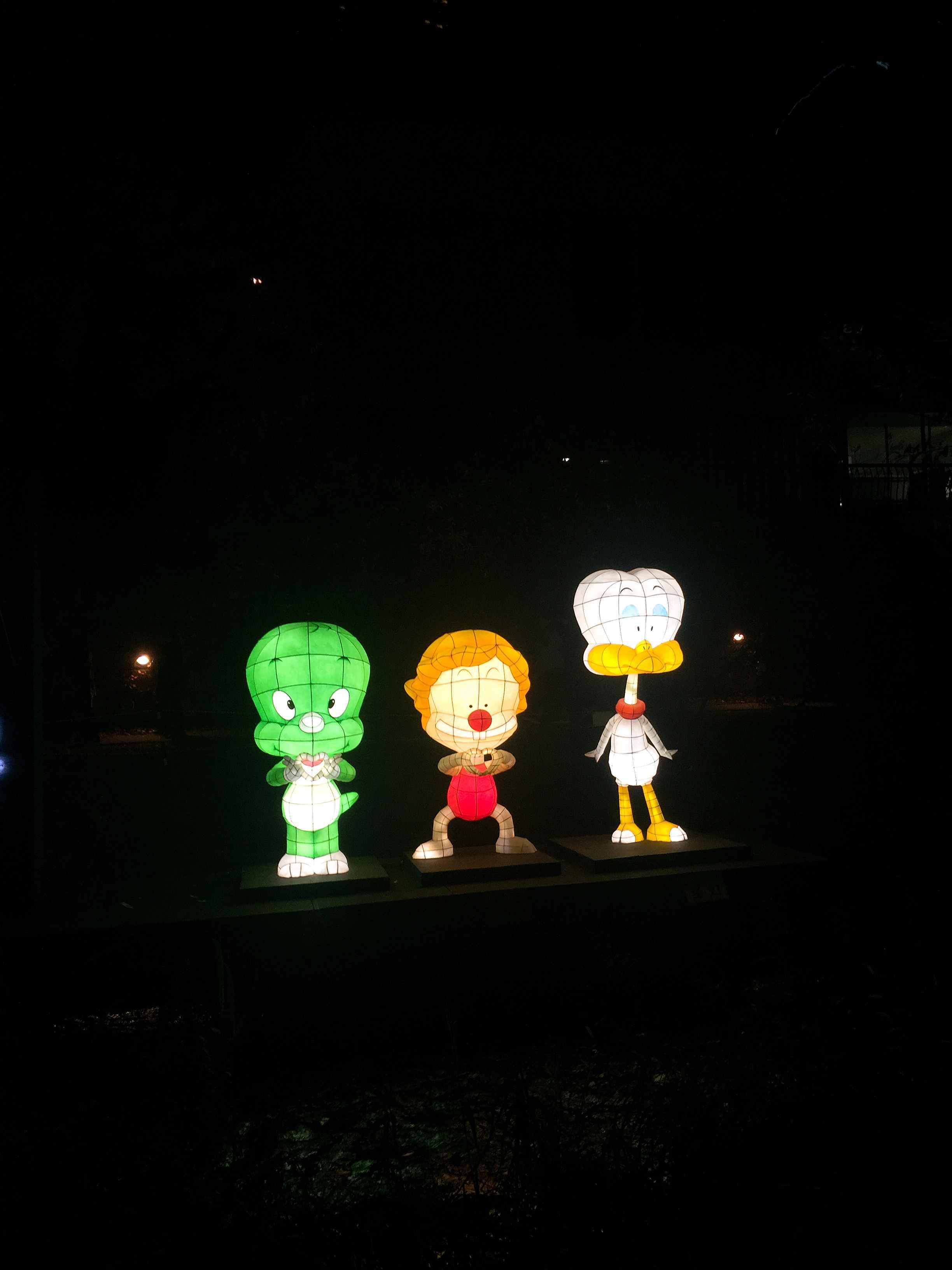看到這麼可愛的燈籠們大家是不是要趕快手刀過來參觀呀~整個活動是免費的到11月19號完結喔!快點來吧!