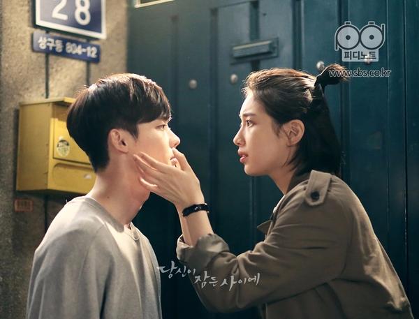 日前討論度最高的韓劇《當你沉睡時》完結篇了,也讓不少粉絲覺得相當可惜,《當你沉睡時》之所以大受歡迎的原因除了劇情新穎之外,就連劇中的角色也都演得相當好...