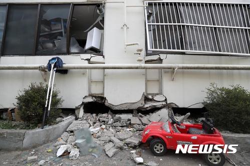 上週韓國發生規模5.4的地震 造成嚴重災情 對於鮮少發生地震的韓國更是震撼 學測也因此延期一周