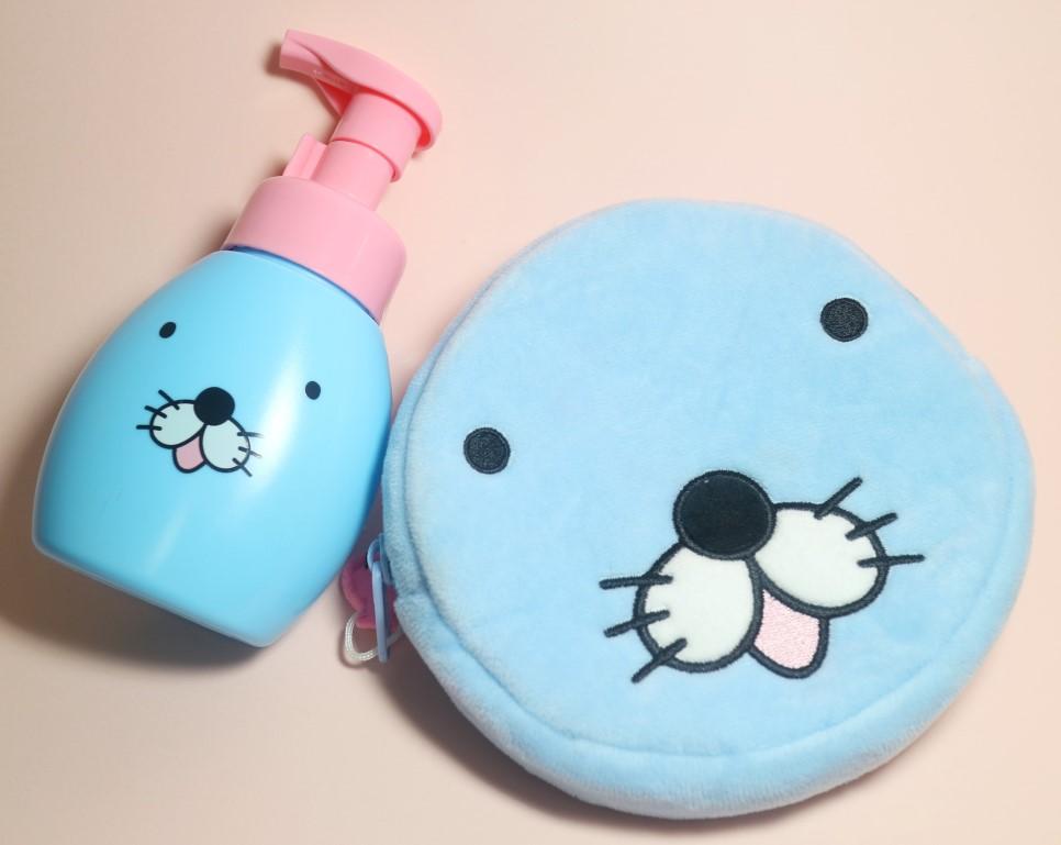 清爽的藍色+夢幻的少女粉,這麼可愛的包裝放在浴室裡看到心情就很好啊~