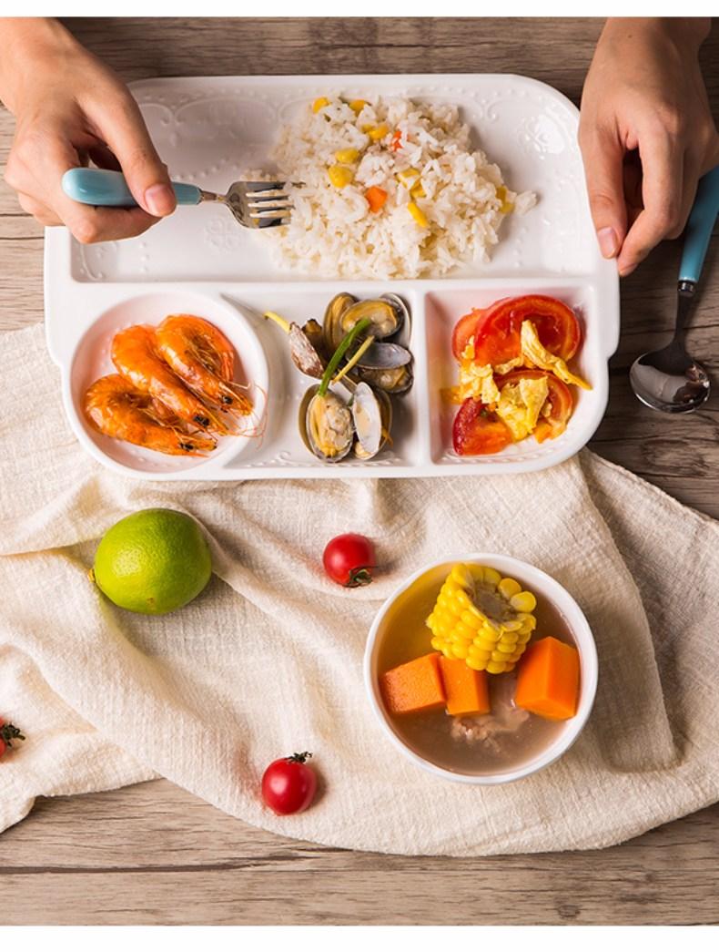 只能吃原形的非加工食物,食物則分成五大類,每一餐都要均衡攝取到!至於食物該怎麼分類bigger姐來教大家吧!