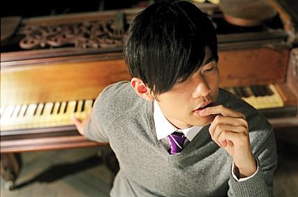 而韓國對於《不能說的秘密》的喜愛還不僅於此,今年三月更傳出韓國將翻拍《不能說的秘密》的消息讓粉絲們又驚又喜! 而之後曾製作電影《毒品之王》的制片公司也宣布,韓國版《不能說的秘密》的劇本改寫已經完成,並預計於明年開始拍攝。