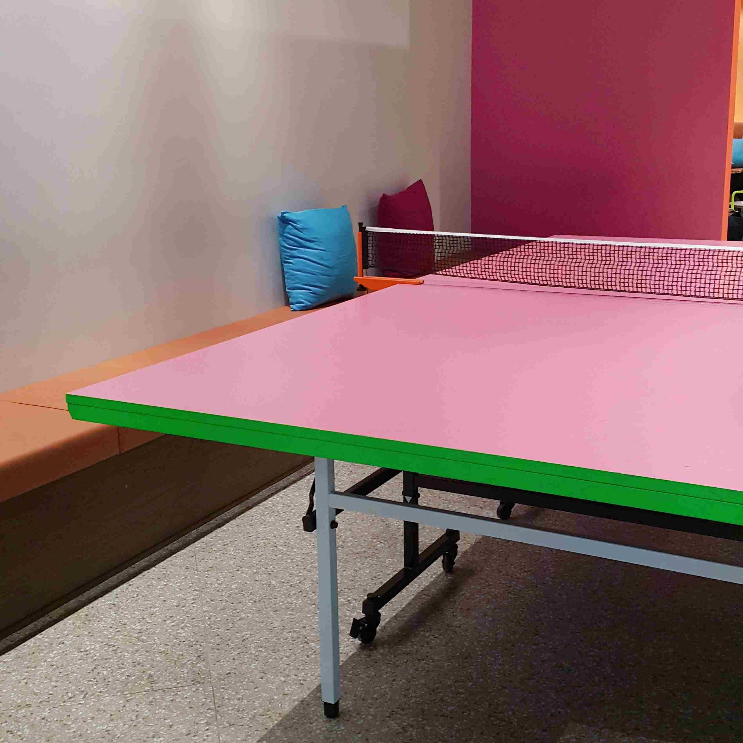 最特別的是!這裏竟然有一張粉紅色的乒乓球桌!吃飽飽了還可以做運動減低罪惡感(X)