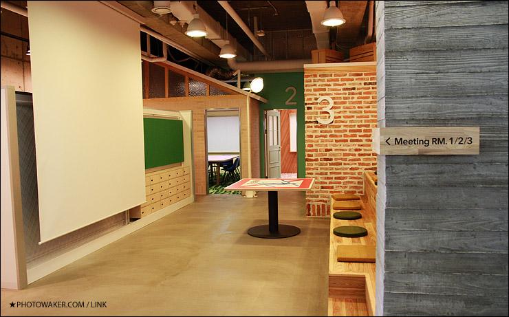 #第9名  NAVER .  在Alexa排名上是韓國國內第一大的入口網站 *平均年薪 190萬 辦公室裝修漂亮,員工平均年紀偏年輕