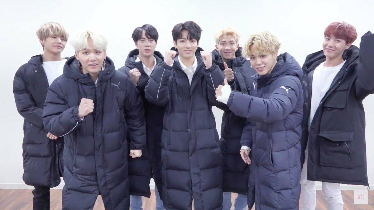 韓國在十月底開始就已經有冬天的感覺了 人們開始穿上流行的