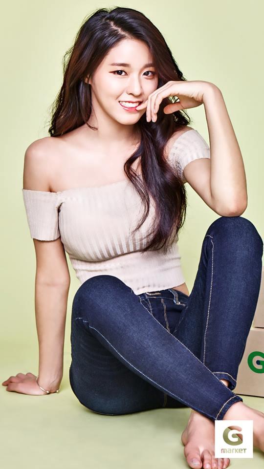 雪炫先前也曾說腳趾是她全身上下「最沒自信」的部份,但其實都是因為努力才會造成腳傷,真的是想拍拍她說她因為努力而美麗~不要太在意才對!