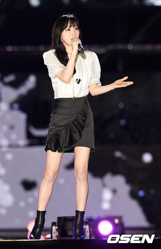 同時,太妍也在演唱會同時,立下約定「我會一直一直唱下去,不會離開並會在粉絲身邊唱歌、努力做音樂」讓不少擔心太妍的粉絲,放下心中的大石頭。而讓太妍決定許下承諾,原來是太妍媽的建議