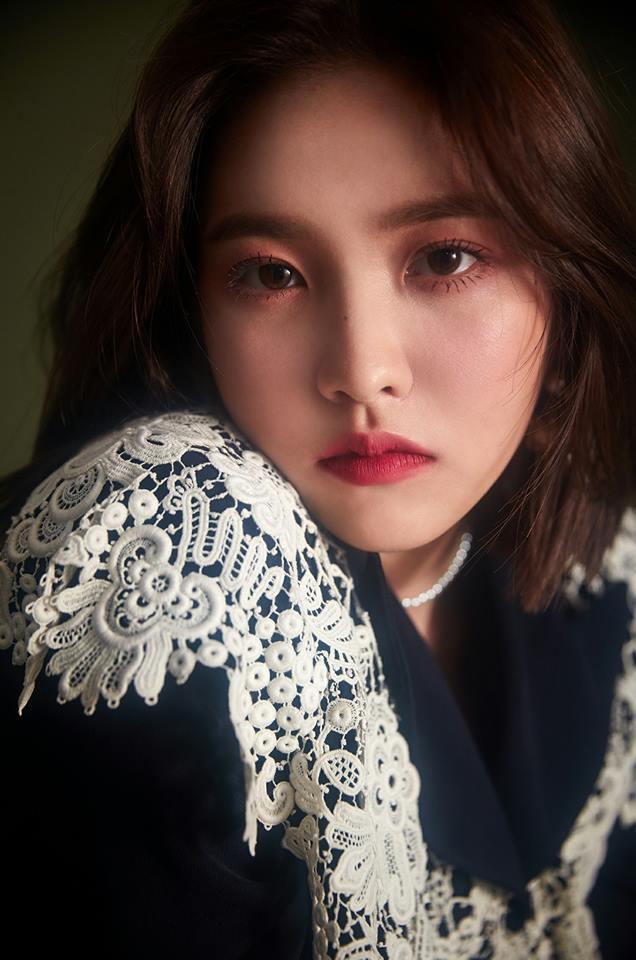 其中與鐘鉉情同兄妹的Red Velvet成員Yeri近日除了陷入深深的悲傷中,其實也過得相當辛苦... 因為部分網友對她的攻擊可說是相當猛烈啊....